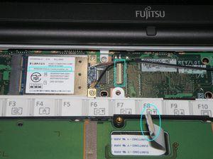 E8260_cover_up